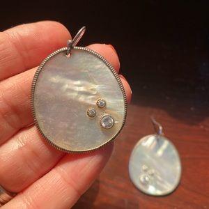 Silpada sterling mother of pearl earrings
